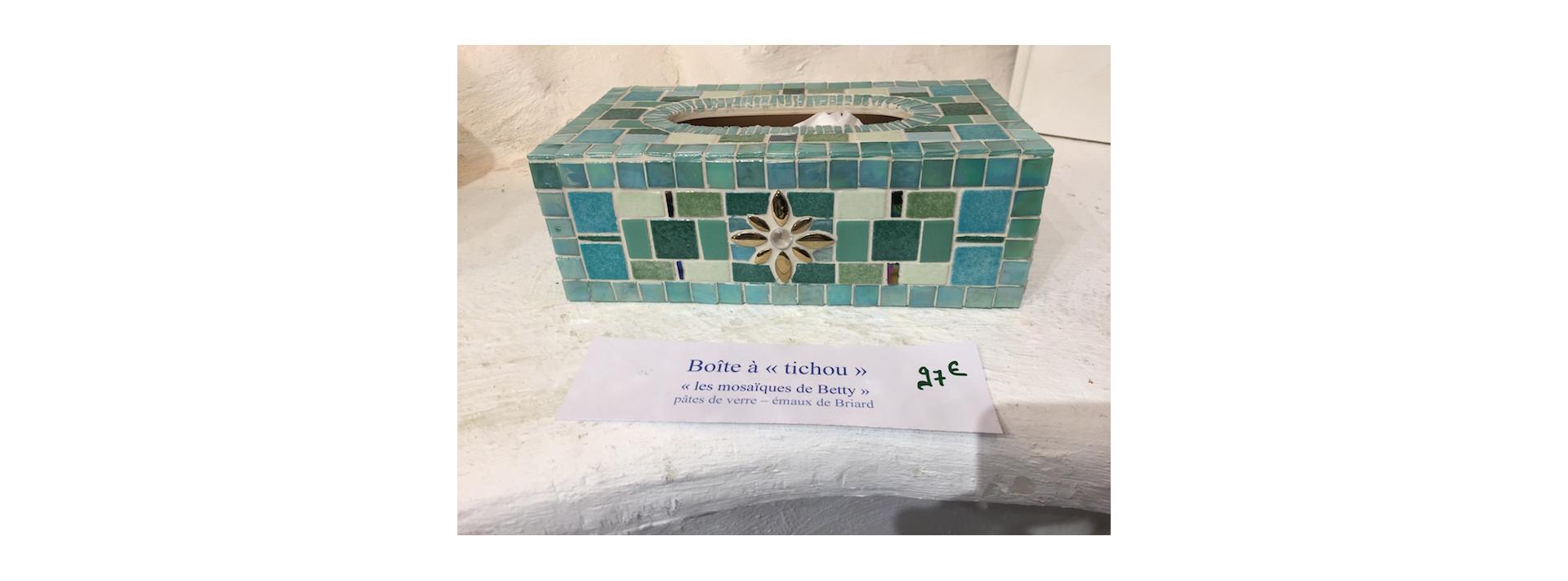 Boîte à  mouchoir vert opale